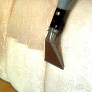 Fjerne nikotin fra møbler